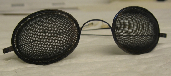 Sand Glasses, 1938, in the Costumes Collection.  Museum of the City of New York. 31.193.20.