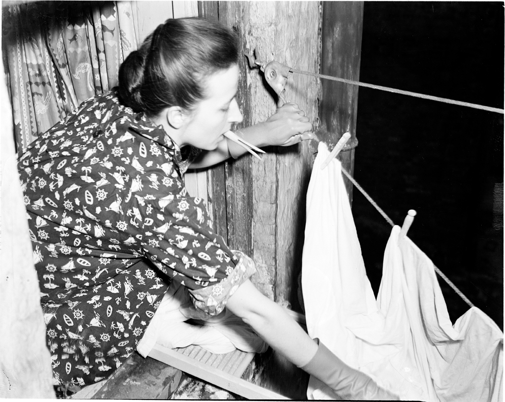 A Fine Line The Art Of The Clothesline Mcny Blog New York Stories