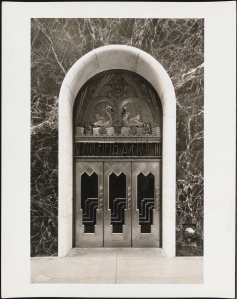 Wurts Bros. (New York, N.Y.) 608 Fifth Avenue. Goelet Building. Entrance. 1930. Museum of the City of New York. X2010.7.2.4906