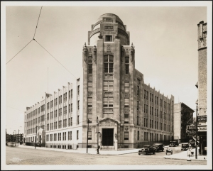 Wurts Bros. (New York, N.Y.) Boston Road and 173rd Street. PS 98, Herman Ridder Junior High School. 1933. Museum of the City of New York. X2010.7.2.5573