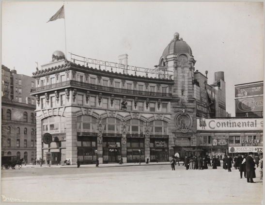 Byron Company. [Columbus Circle.] 1902. Museum of the City of New York. 93.1.1.17949.