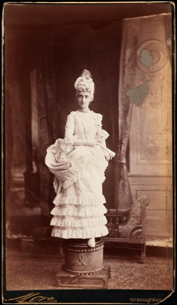 Mora (b.1849). Miss Henrietta Strong (later Mrs. Daniel E. Fearing). 1883. Museum of the city of New York. 41.132.15.