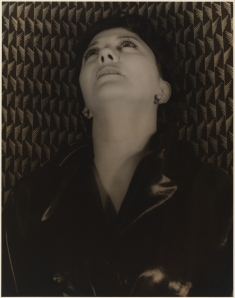 Carl Van Van Vechten. Helen Morgan, June 23, 1932. Museum of the City of New York. 42.316.374