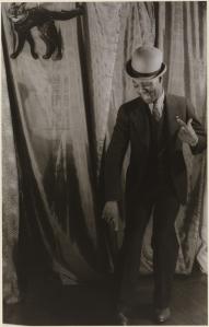 Carl van Vechten. Bill Robinson, January 25, 1933. Museum of the City of New York. 42.316.392.
