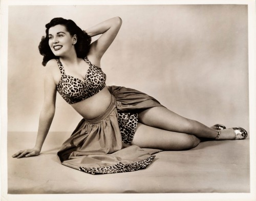 Lucas-Monroe Studio. [Unidentified showgirl from As the Girls Go] 1948. 80.103.191