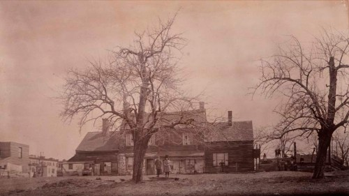 Unknown. Harsen Homestead, 72nd Street. ca. 1888. Museum of the City of New York. X2010.11.6166.