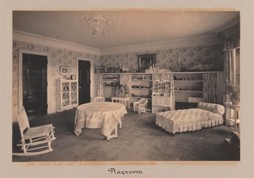 Unknown photographer. Playroom [Residence of William B. Leeds 987 5th Avenue, New York.] ca. 1905. Museum of the City of New York. 89.3.2.17