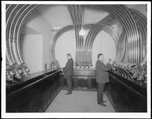 A precursor to the interwebs. Wurts Bros. (New York, N.Y.) National City Bank. Tube system, central exchange. ca. 1910. Museum of the City of New York. X2010.7.1.1070