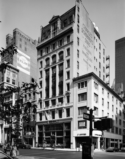 Edmund V. Gillon. [Charles Scribner's Sons Building, 597 Fifth Avenue.] ca. 1977. Museum of the City of New York. 2013.3.2.2001