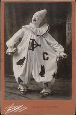 Sarony. James T. Powers. 1898. Museum of the City of New York. 46.246.238