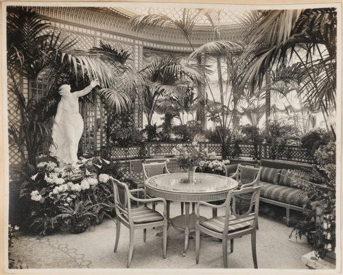 Unknown photographer. H. T. Parson, Esq., Conservatory off dining room. ca. 1915-1930. Museum of the City og New York. X2013.139.122