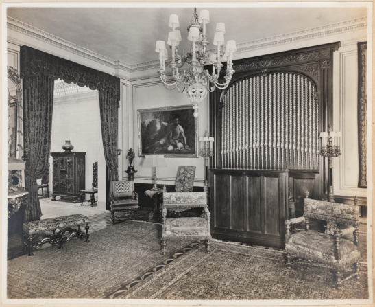 Unknown photographer. Mrs. W. H. Taylor's Apartment 12 W. 96th Street. Entrance hall. Museum of the City of New York. X2013.139.375B.