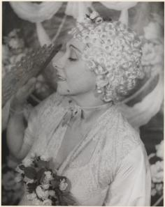 Carl Van Vechten (1880-1964). Fania Marinoff, July 8, 1936. Museum of the City of New York. 42.316.350