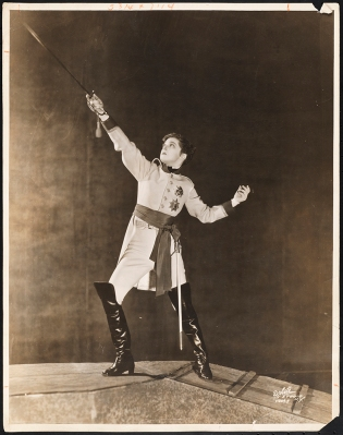 "[Eva Le Gallienne in the title role of ""L'Aiglon"".]"