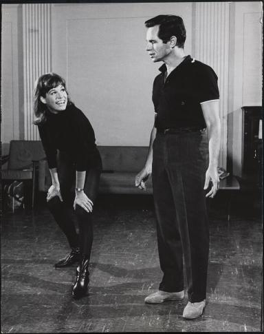"Unknown. Richard Chamberlain and Mary Tyler Moore during a rehearsal for ""Breakfast at Tiffany's"". 1966. Museum of the City of New York. 81.54.3968."