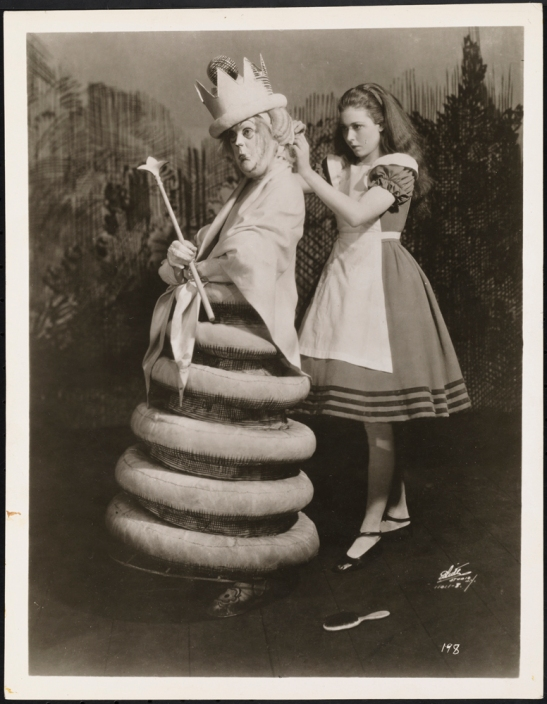 [Eva Le Gallienne as the White Queen and Josephine Hutchinson as