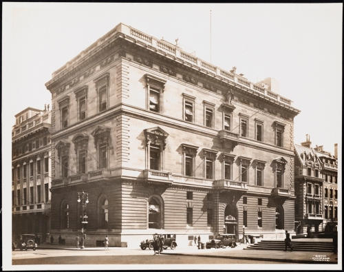 Wurts Bros. (New York, N.Y.) 51st Street and Fifth Avenue. The Union Club. 1928. Museum of the City of New York. X2010.7.2.3127