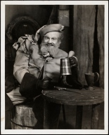 "Vandamm. [Maurice Evans as Sir John Falstaff in ""King Henry IV, Part I"".] 1939. Museum of the City of New York. 68.80.6292"