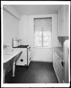Wurts Bros. (New York, N.Y.), Queensbridge Housing, model apartment, 4 1/2 rooms, $22.75 a month, kitchen, 1939. Museum of the City of New York. X2010.7.1.7764