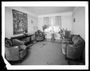 Wurts Bros., (New York, N.Y.), Sedgewick Avenue and Gun Hill Road. Amalgamated Clothing Workers Apartments, interior, 1929. Museum of the City of New York. X2010.7.1.6784