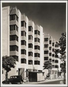 Wurts Bros. (New York, N.Y.), 2121 Grand Concourse. Apartment building, 1936. Museum of the City of New York. X2010.7.2.6824