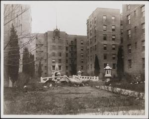 unknown photographer, [Thomas Garden Apartments], ca. 1927. Museum of the City of New York. X2010.11.6883