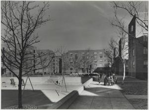 Samuel H. (Samuel Herman) Gottscho (1875-1971), [Harlem River Houses] General view of Great Court, with sunken play areas, 1936. Museum of the City of New York. 41.239.6