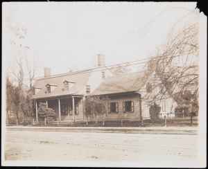 Photographer unknown. Lefferts House, 563 Flatbush Avenue. ca. 1905. Museum of the City of New York. X2010.11.7466