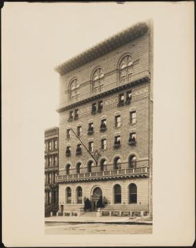 Wurts Bros. (New York, N.Y.). 110 West 57th Street. Lotos Club, ca. 1909. Museum of the City of New York, X2010.7.2.19491.
