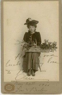 Burr McIntosh. Clara Bloodgood. ca. 1905. Museum of the City of New York. Collection on cabinet cards.