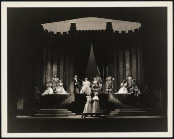 Vandamm. [Hamlet theater still.] 1936. Museum of the City of New York. F2013.41.2961.
