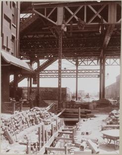 Manhattan Railway Company. 2 Ave & 99 St Looking East, 1901. Museum of the City of New York, F2012.53.127C.