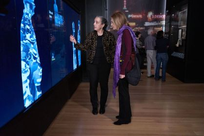 Gloria Steinem visiting New York at Its Core with Chief Curator Sarah Henry.